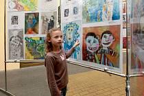 V Babylon pronbíhá mezinárodní výstava dětských obrázků na téma Lidice.