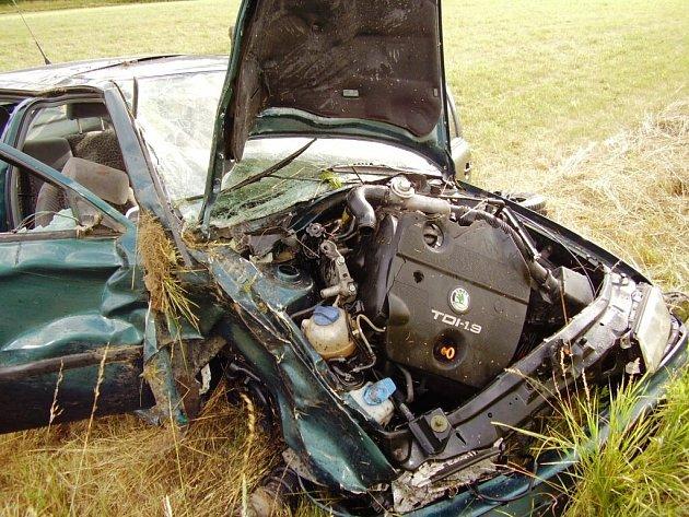 Nehoda Octavie v Jablonném v Podještědí.