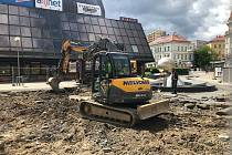 Beton před kulturním domem v Liberci nahradí stromy.