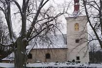 Kostel sv. Jakuba v Letařovicích získává postupně staronovou tvář