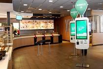 Nové podoby se dočká restaurace McDonald´s v ulici České Mládeže v Liberci. Zákazník tu najde digitální dotykové objednací kiosky.