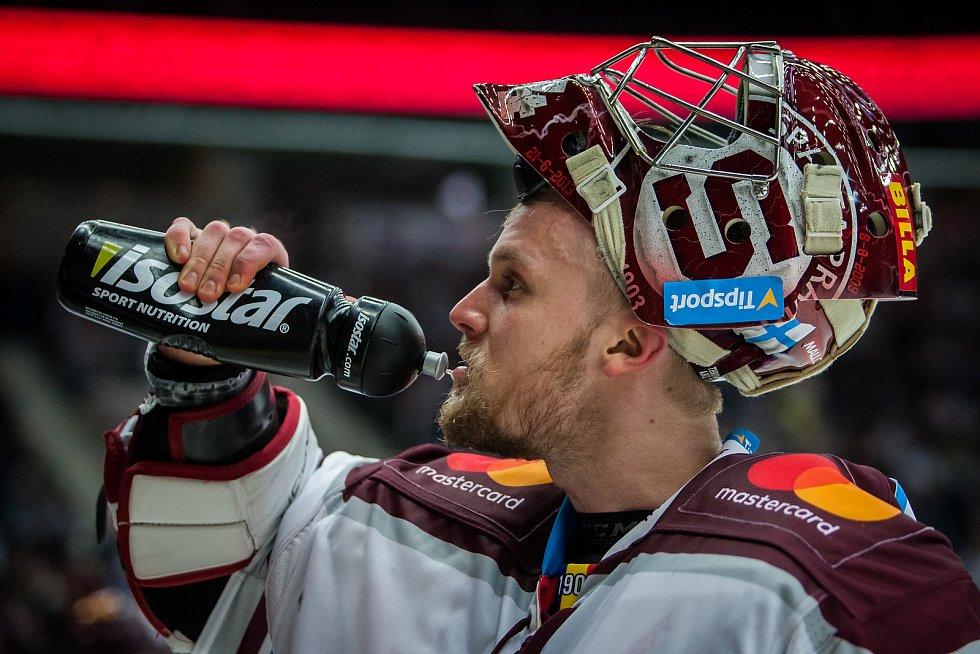 Utkání 47. kola Tipsport extraligy ledního hokeje se odehrálo 4. února v liberecké Home Credit areně. Utkaly se celky Bílí Tygři Liberec a HC Sparta Praha. Na snímku je brankář Sami Tapani Aittokallio.