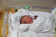 VINCENT VRABEC Narodil se 18. října 2018 v liberecké porodnici mamince Elišce Králové z Liberce. Vážil 3,14 kg a měřil 50 cm.
