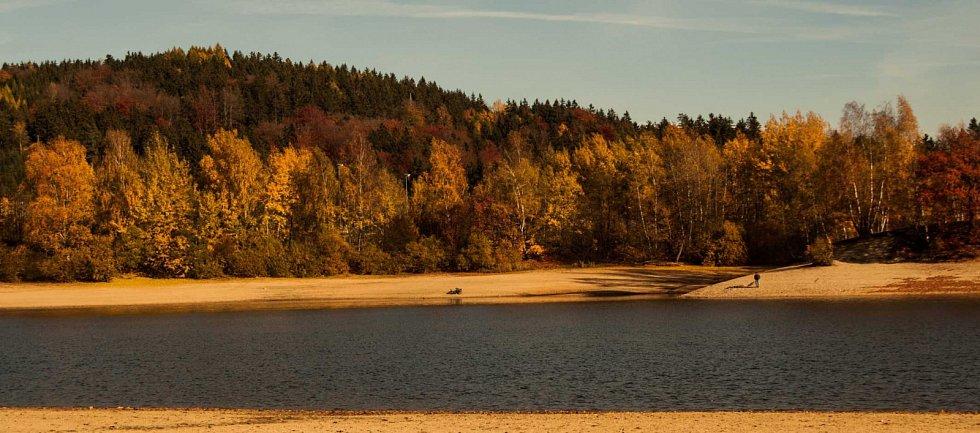 Podzimní přehrada.