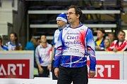 Poslední den Mistrovství světa v agility proběhl 8. října v Home Credit areně v Liberci. Na snímku je asistent trenéra Jan Smoček při disciplíně agility jednotlivců se středně velkými psy.