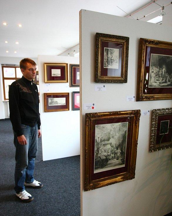 REMBRANDT V LIBERCI. Galerie Liberec vystavuje jeho devětadvacet grafických listů s portréty a krajinami.