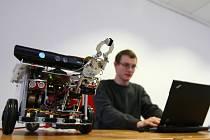 KYBER ROBOT. Už po šesté vyhlásila Technická univerzita v Liberci soutěž pro technicky nadané žáky základních a středních škol s názvem KYBER robot 2012.