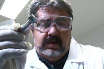 Starosta Chrastavy jako zubař.