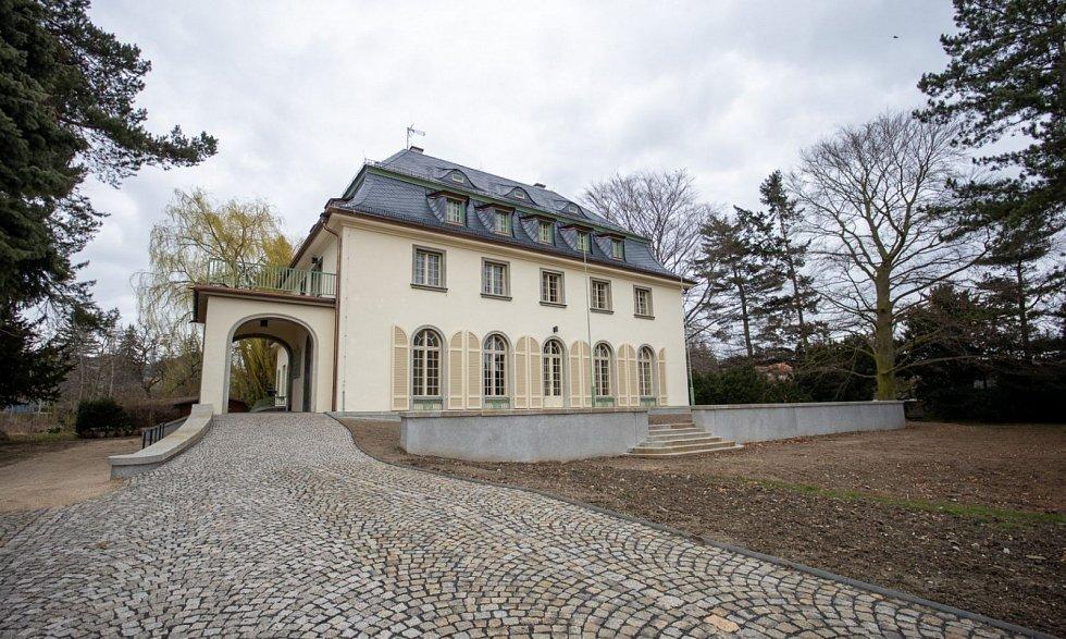 Komunitní centrum v Schubertově vile v Hrádku nad Nisou.