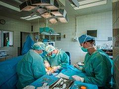 CHIRURGICKÉ ODDĚLENÍ Nemocnice Frýdlant už je v plném počtu. Soukromá nemocnice má pro pacienty i další novinky.