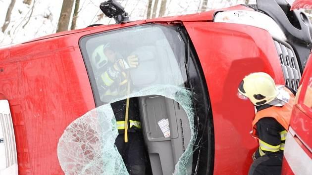 Smrtelná nehoda u Hodkovic nad Mohelkou