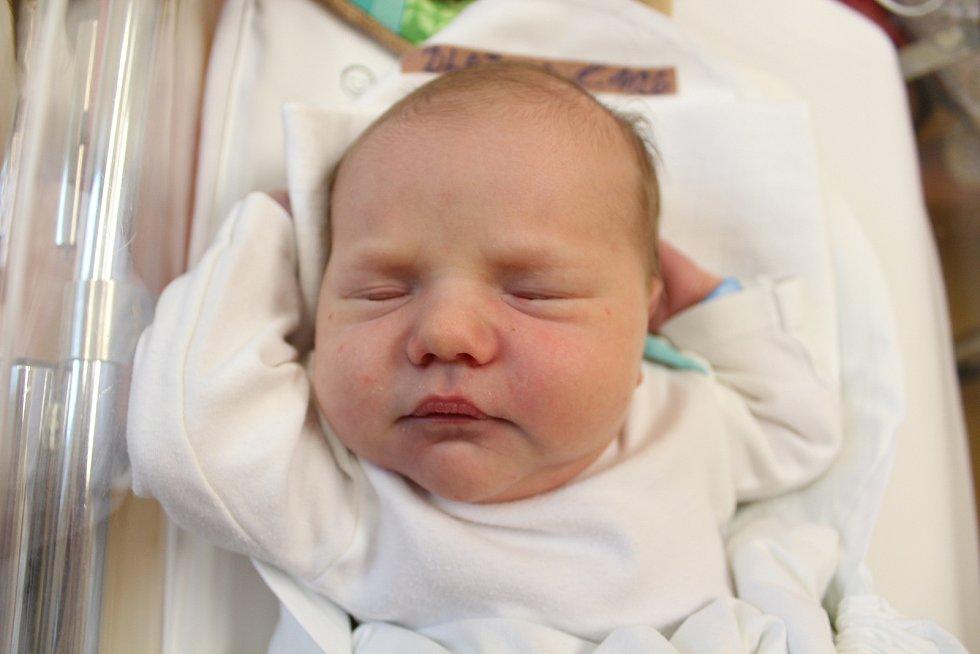 Vojtěch Dlabola. Narodil se 21. září v liberecké porodnici mamince Kláře Dlabolové z Liberce. Vážil 4,03 kg a měřil 52 cm.