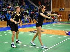 Badmintonisti z Vesce. Hořínková a Vajsejtl.