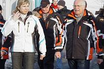 Václav Klaus krátce po odstartování Jizerské 50 zavítal na krátkou návštěvu Liberce.