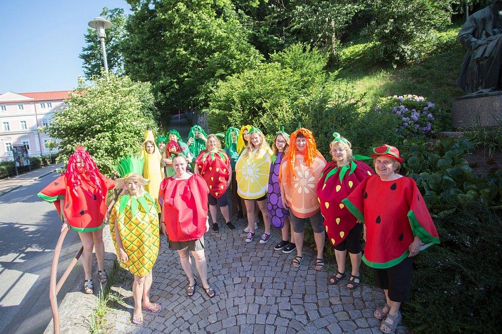 Pohádkový les v Semilech. Téma ovoce.