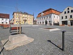 HORNÍ NÁMĚSTÍ v Hrádku nad Nisou prošlo nákladnou rekonstrukcí v roce 2010.