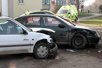 Dvě auta se srazila v Moskevské ulici v Raspenavě na Liberecku.