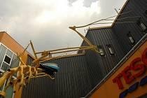 NIČILI SOCHY. Železný Jezdec se stal cílem útoku pouličních vandalů.