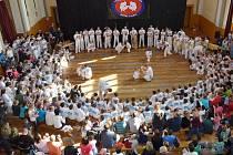 V BOLESLAVI BYLO PLNO. Batizado se v Mladé Boleslavi povedlo ve všech směrech.