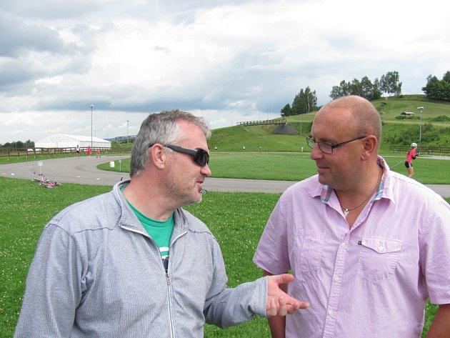Pořadatel Benátské noci Pavel Mikez a ředitel Sportovního areálu Ještěd Jan Svatoš (zleva) věří, že přemístit festival do Liberce byla dobrá volba.