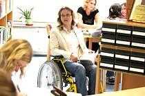 Na liberecké univerzitě aktuálně studuje padesát zdravotně postižených studentů. Na snímku studentka Markéta Pospíšilová.