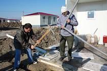 Liberecká humanitární organizace Hand for Help 12. ledna uvedla do provozu mobilní nemocnici v utečeneckém táboře v Gruzii.