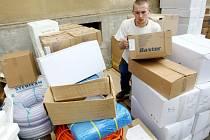Humanitární pomoc shromažďuje Hand for Help již několik měsíců.