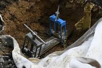 Nouzově uzavřené plynové potrubí v Hrádku