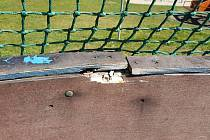 Hokejbalové hřiště ve Františkově potřebuje nutnou opravu.