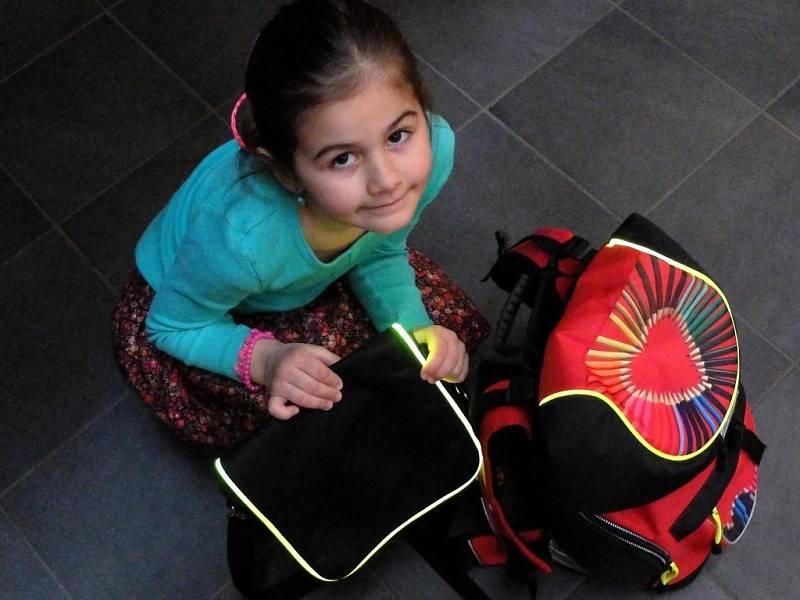 Pro prvňáčka je podle lékařů vhodnější aktovka s pevnější konstrukcí, batohy se hodí spíše pro starší děti