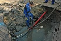 Havárie vodovodního potrubí.