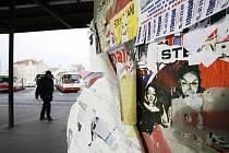 Plakátovací plochy jsou nyní v Liberci problém. Ilustrační foto