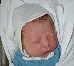 JONÁŠ KREBS Narodil se 12. října v liberecké porodnici rodičům Janě a Zbyňkovi Krebsovým z Kostelce nad Černými lesy. Vážil 3,32 kg a měřil 49 cm.