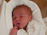 DANIEL MILLER  Narodil se 18. prosince v liberecké porodnici mamince Ivetě Millerové z Liberce. Vážil 3,50 kg a měřil 51 cm.