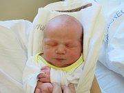 EDUARD SEDLÁČEK. Narodil se 25. října v liberecké porodnicimamince Lence Bradáčové z Liberce.Vážil 3,72 kg a měřil 52 cm.