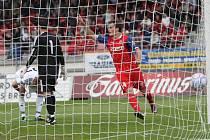 GÓLOVÁ RADOST. Takto se Michael Rabušic v květnu ještě v dresu Brna radoval z gólu v síti Českých Budějovic. Nyní již střílí za Slovan Liberec.