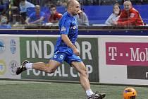 MÍČOVÝ KOUZELNÍK Jiří Štajner dal na sobotním 3. ročníku Indoor Fotbal Cupu dva góly.