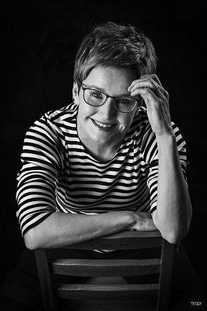 MARCELA AUGUSTOVÁ. Novinářka, hlasatelka hlavních zpráv ČT1.