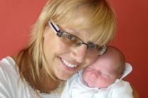 Mamince Kateřině Netřebské z Liberce se 8. srpna 2010 v 7.42 v jablonecké porodnici narodil syn Matyáš Karlík. Měřil 48 cm a vážil 3,05 kg. Blahopřejeme!