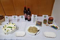 Regionálními potravinami se staly cvikovské pivo, sýr z Jeřmanic i med z Frýdlantska.