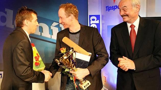 Slavnostní zakončení a vyhlášení výsledků ankety Nejlepší sportovec roku 2009 proběhlo v libereckém divadle F.X.Šaldy. Sportovní hvězda Deníku, jednotlivec 1.místo Lukáš Bauer.