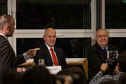 Předvolební debata s kandidáty na prezidenta republiky proběhla 16. listopadu v Krajské vědecké knihovně v Liberci za účasti všech kandidátů kromě současného prezidenta Miloše Zemana. Na snímku zprava Petr Hannig a Pavel Fischer.