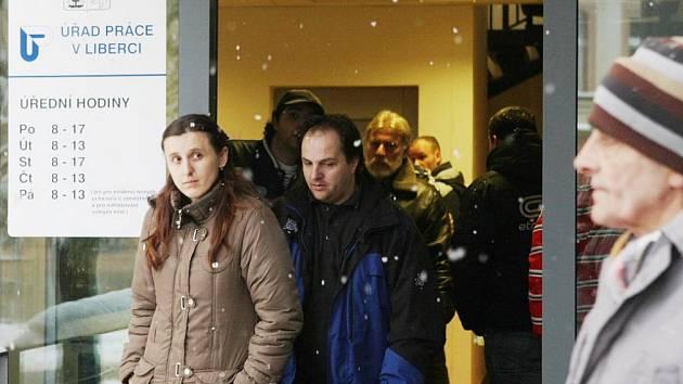 Propouštění se lidé na Liberecku zatím bát nemusí
