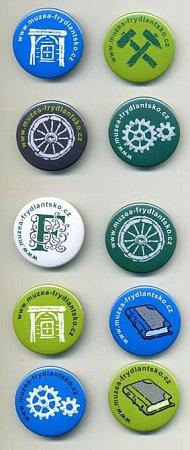 Na snímku jsou jednotlivé odznaky, které lze nasbírat.
