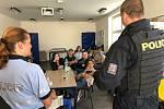 Policie navštívila děti ve Frýdlantu.