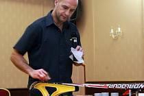Odborník na mazání lyží, bývalý německý reprezentant v biatlonu Steffen Hoss.