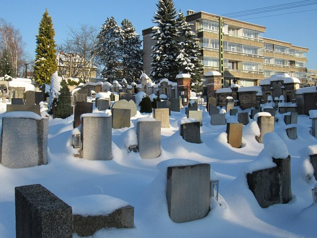 Městský hřbitov v Ruprechticích se má rozšířit, zásadních úprav se dočká i rozptylová loučka.