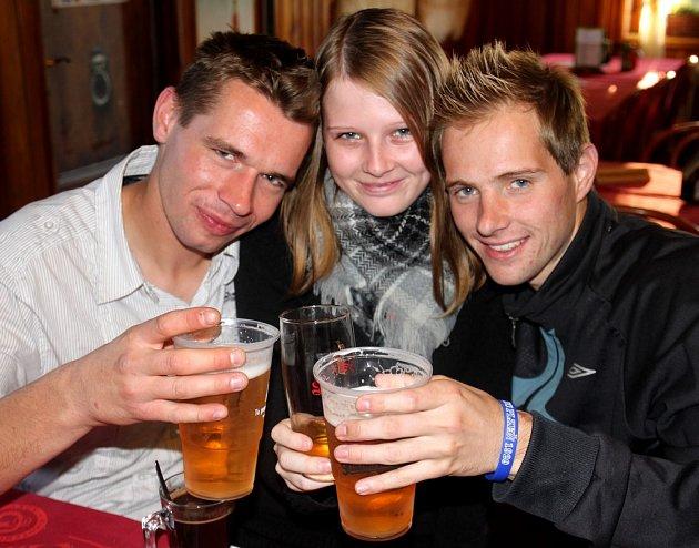 OKTOBERFEST 2012.Pivaři ochutnali dvanáct druhů piv.
