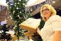 Liberecké obchodní řetězce už zkrášlely vánoční výzdobou.