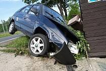 Řidič auta prý usnul a havaroval